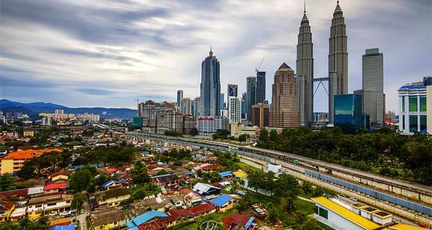 10 Tempat Wisata Di Malaysia Yang Terkenal Favorit Wisatawan