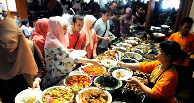 Tempat Wisata Kuliner Di Bandung Yang Enak Dan Murah