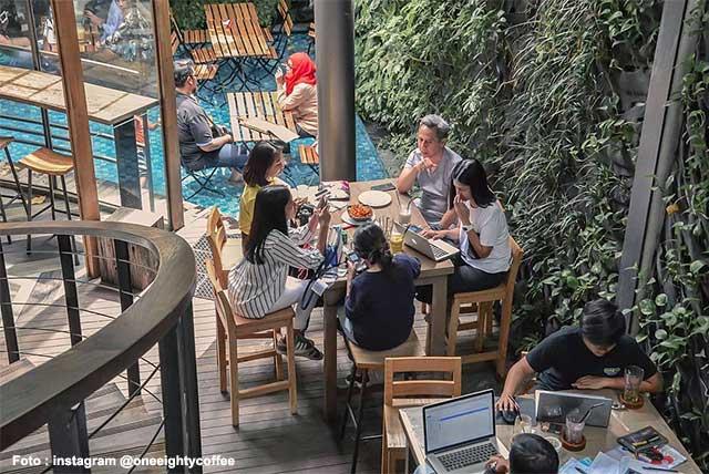 57 Cafe Hits Dan Unik Instagramable Di Bandung Yang Asik